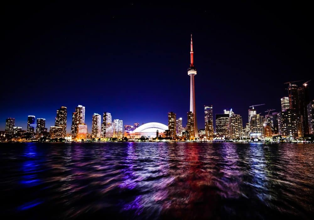Estudia en el mágico Toronto en Canadá