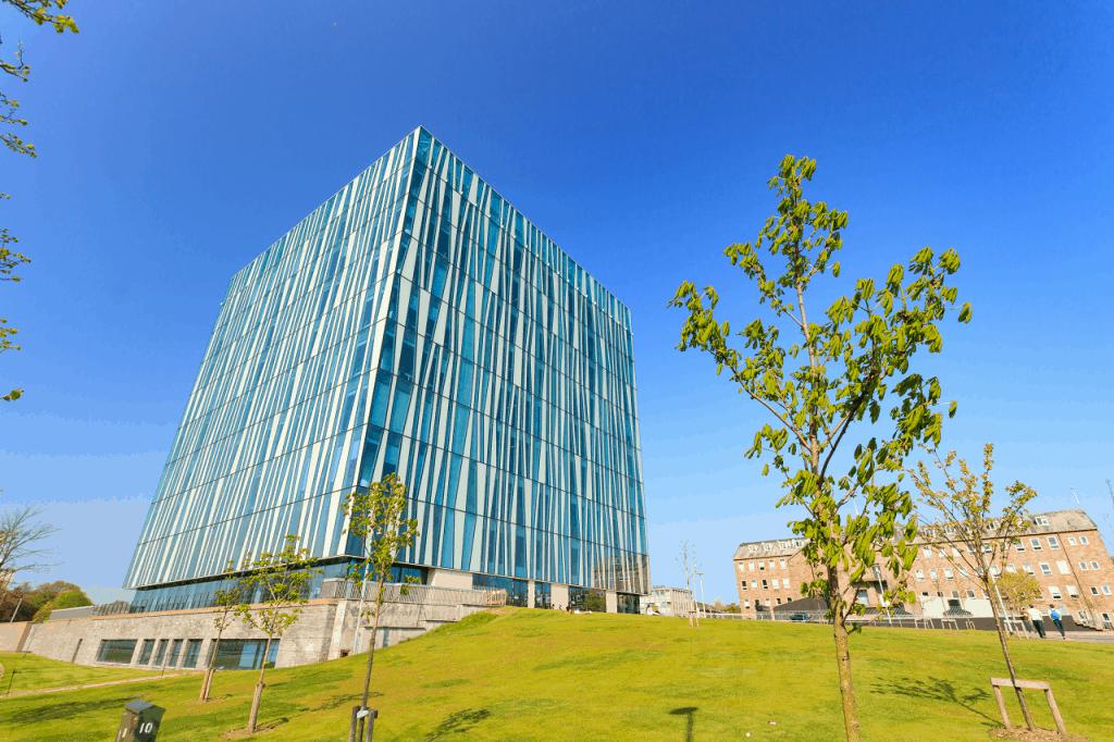 Universidad de Aberdeen, edificio Sir Duncan Rice